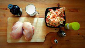 Kurczak w sosie śmietanowym z warzywami
