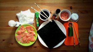 przygotowanie sushi w domu