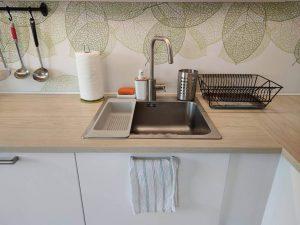 zlew w kuchni